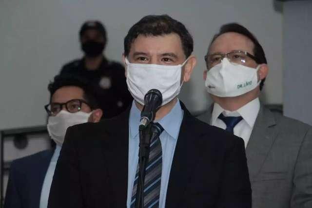 Siqueira é multado em 11 mil por impulsionar 'propaganda negativa'
