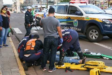 Idoso atropelado por veículo na Avenida Calógeras morre na Santa Casa