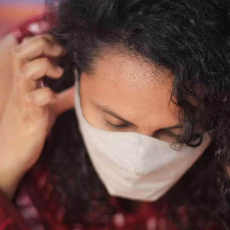 Maioria acredita que é impossível usar máscara em show