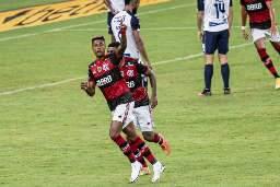 Internacional e Flamengo medem forças valendo liderança do Brasileirão