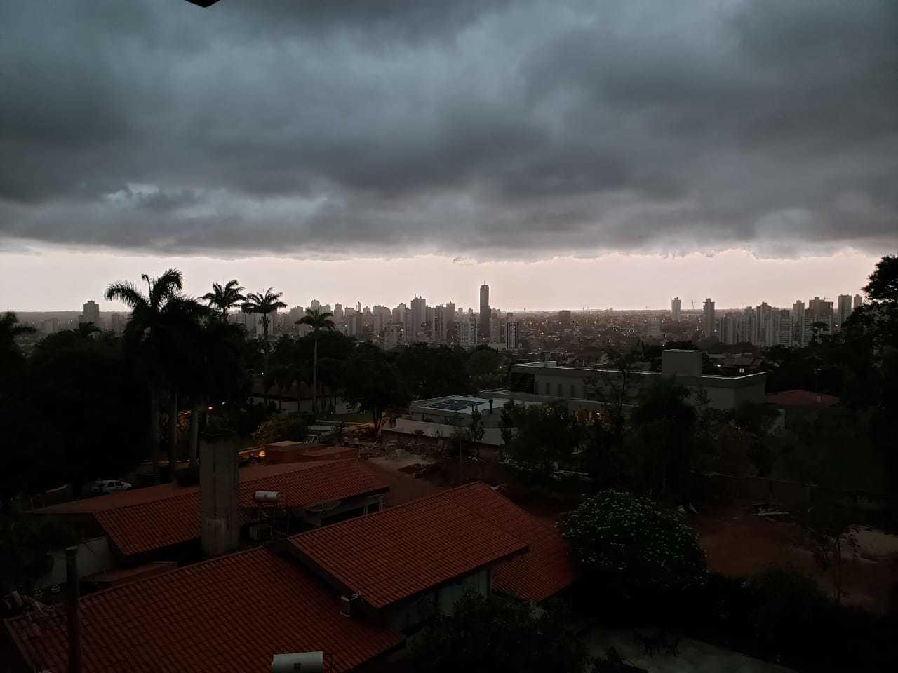 Visão por volta das 10 horas do Bairro Vilas Boas. (Foto: Direto das Ruas)