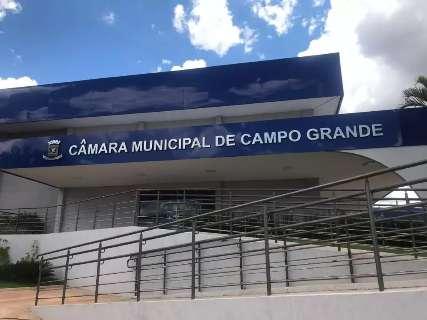 Câmara cancela sessão após morte do pai de André Salineiro