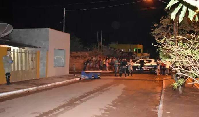 Local onde ocorreu o crime. (Foto: Maikon Leal / Coxim Agora)