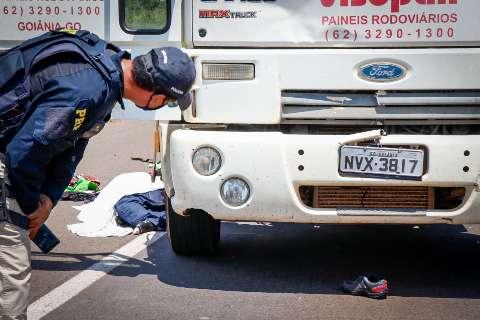 Pedestre morre atropelado por caminhão em Campo Grande