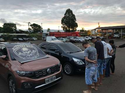 Polícia prende 5 integrantes de grupo que levava carros furtados para a Bolívia