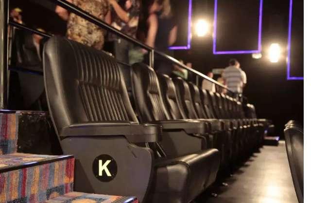 Aprovado projeto que garante sessão de cinema adaptada para autistas