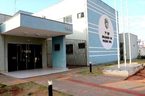 Delegacia afasta 5 policiais e reduz atendimento após casos de covid-19