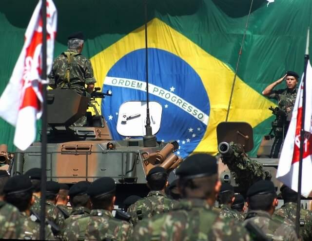Solenidade na 4ª Brigada de Cavalaria Mecanizada do Exército, em Dourados. (Foto: 4ª Bda C Mec)