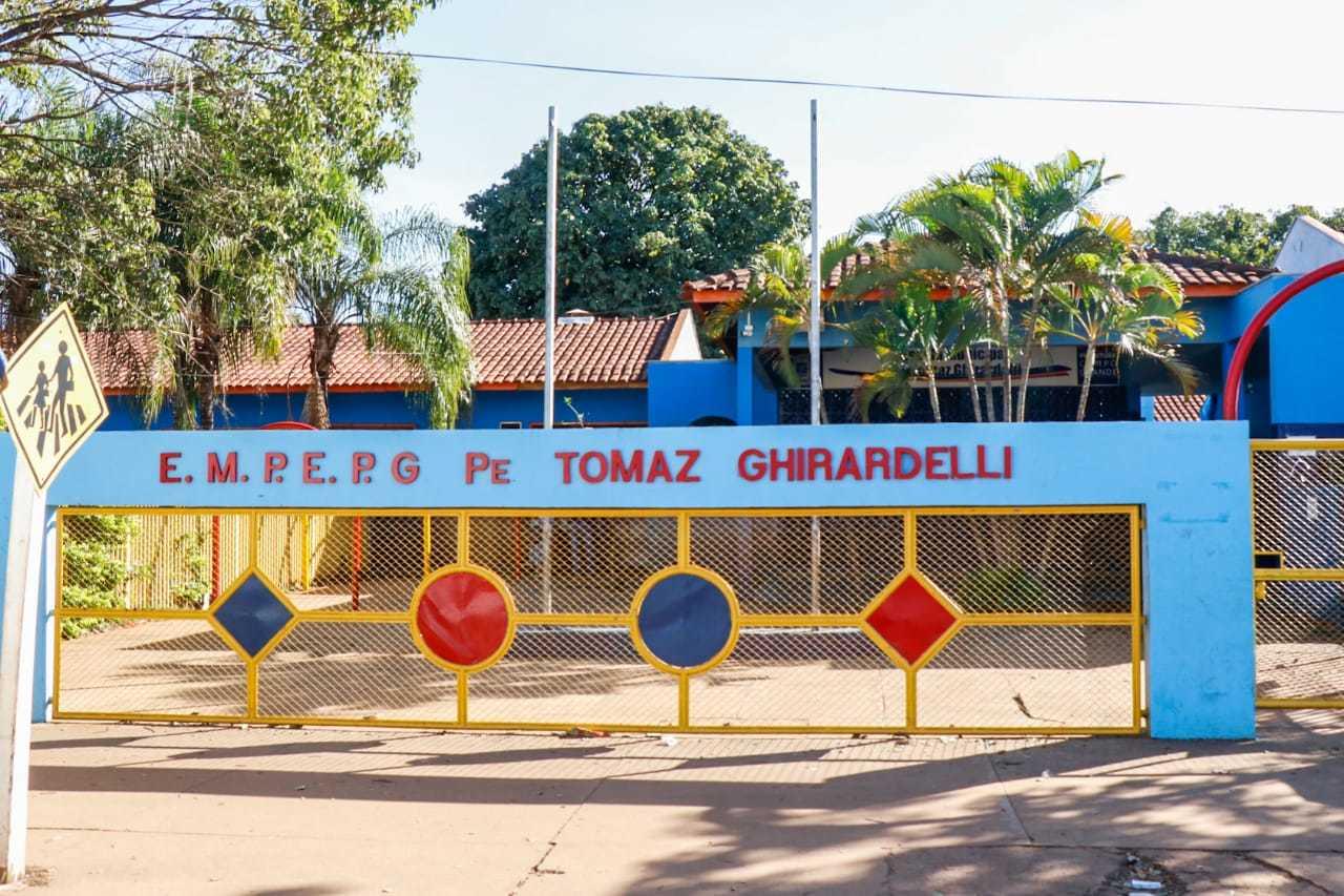 Professores também foram convacados para atuação temporária na EM. Pe. Tomaz Ghirardelli. (Foto: Henrique Kawaminami / Arquivo)