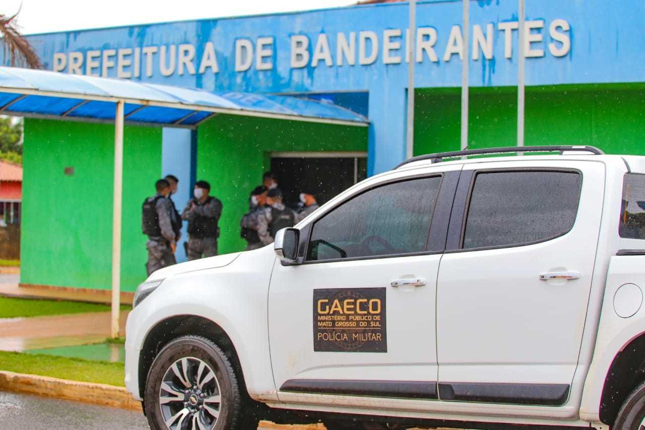 Gaeco esteve na Prefeitura de Bandeirantes no dia 2 de junho e voltou hoje à cidades, mas foi em outros endereços (Foto: Marcos Maluf/Arquivo)