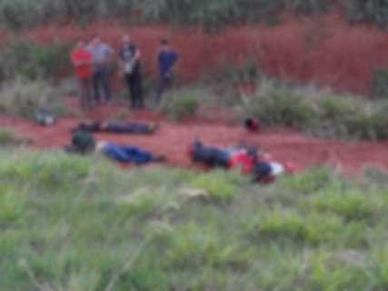 Dupla em motocicleta é executada a tiros na fronteira