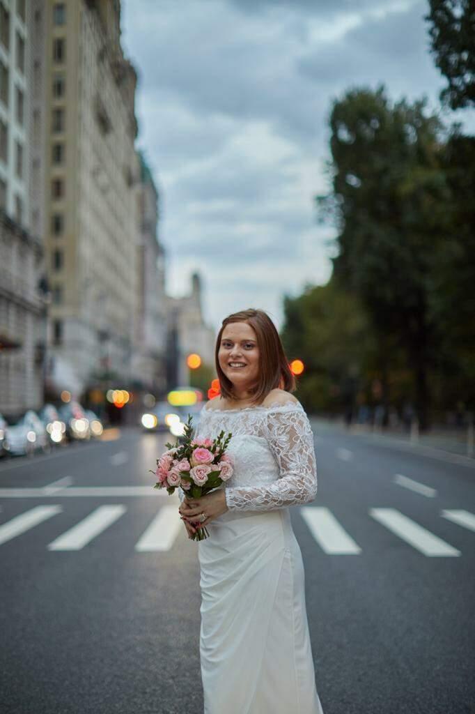 Depois da cerimônia, jornalista tirou fotos pela Nova Iorque que ela tanto via nos filmes e que agora faz parte da sua história (Foto: Gianna Falcon)