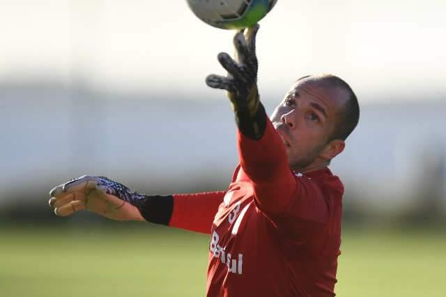 Internacional e Botafogo abrem rodada decisiva da Copa do Brasil