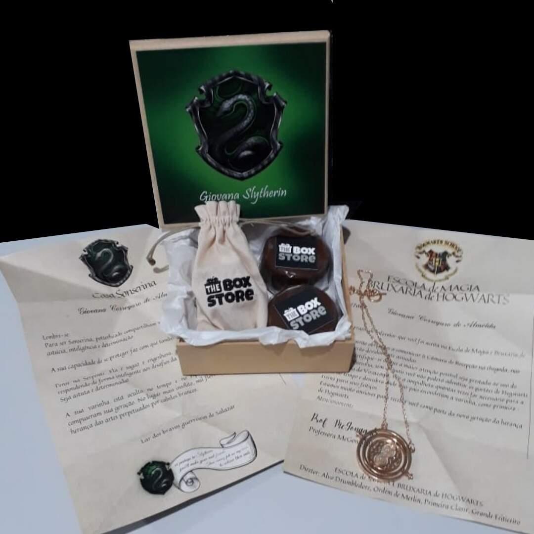 Box personalizada inspirada na paixão da presenteada pelo Harry Potter. (Foto: Divulgação)
