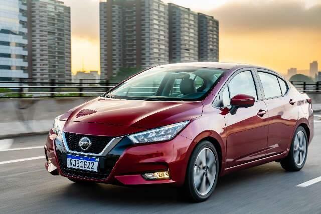 Novo Nissan Versa chega com visual renovado e mais tecnologia