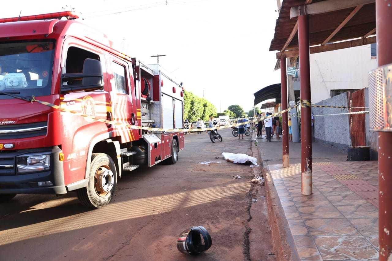 Crime aconteceu ontem à tarde na Rua Araticum, em frente a uma conveniência (Foto: Paulo Francis/Arquivo)