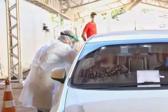 Coleta do exame para o novo coronavíru é realizada na Capital (Foto: Paulo Francis - Arquivo)