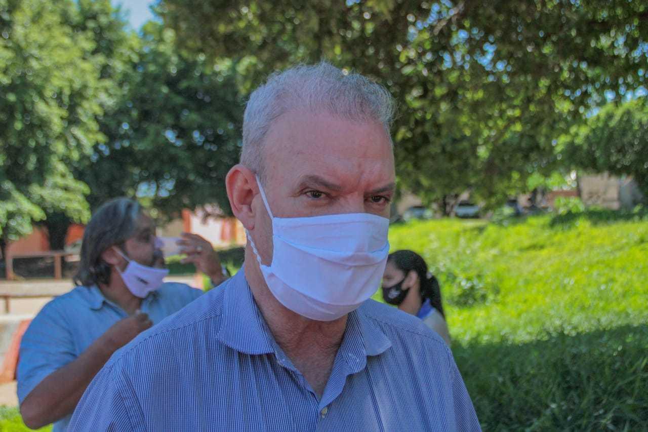 Secretário estadual de Saúde, Geraldo Resende, durante evento da dengue (Foto: Marcos Maluf)