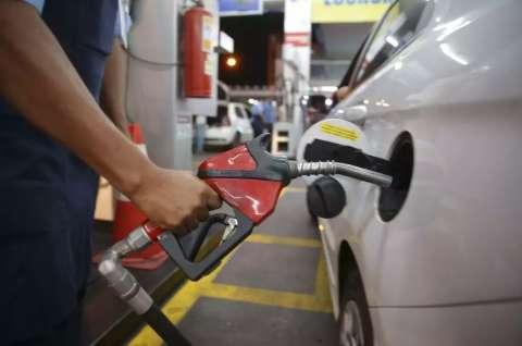 Preço médio da gasolina comum sobe e vai a R$ 4,54 em MS