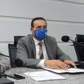 Reeleito, Carlão é 1º a anunciar candidatura à presidência da Câmara