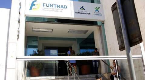 De açougueiro a ajudante de carga, Funtrab oferece 505 vagas de emprego amanhã