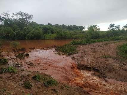Homem é multado em R$ 124 mil por causar degradação de córrego e rios