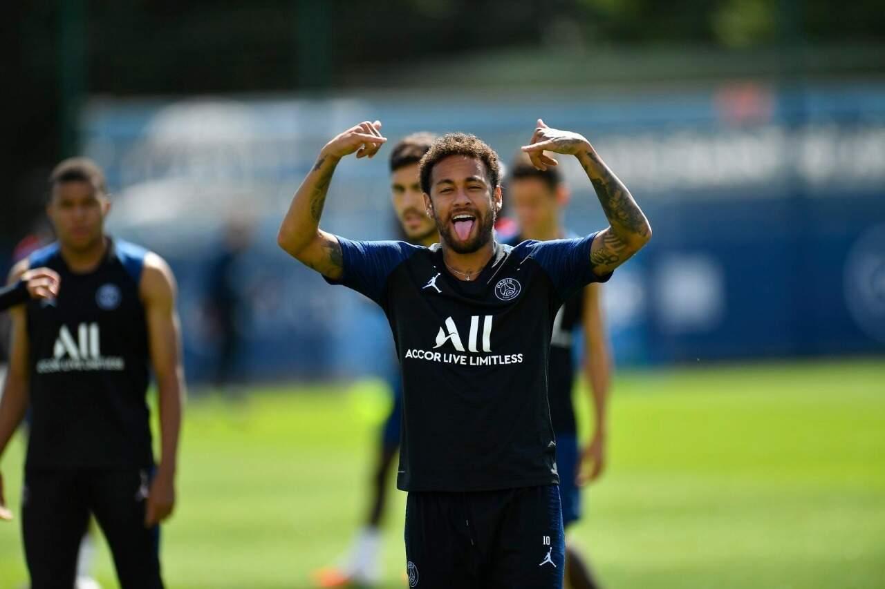 Neymar durante treino do Paris Saint-Germain (Foto: Facebook do jogador/Divulgação)