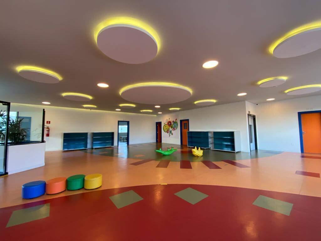 Estrutura ampla, moderna e acolhedora para receber todos os alunos. (Foto Divulgação)