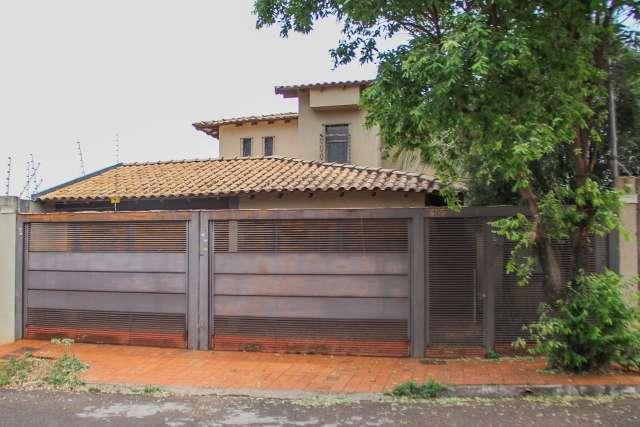 """Casa onde foi achado arsenal """"dos Name"""" é comprada por R$ 472 mil"""