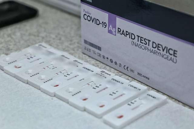 Brasil contabiliza média móvel diária de 518 mortes pela covid-19