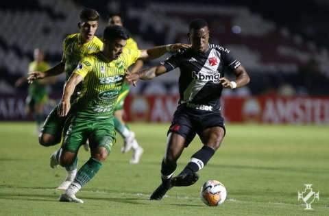 Vasco perde para o Defensa Y Justicia em casa e cai na Copa Sul-Americana