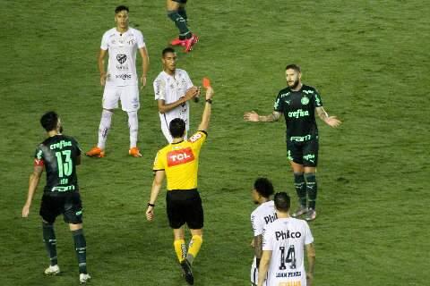 Santos e Palmeiras empatam e perdem chance de encostar nos líderes do campeonato
