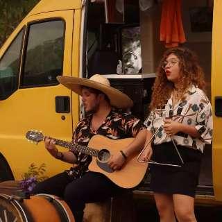 """Ana e Pedro fazem """"remelexo consciente"""" em clipe gravado ao vivo"""