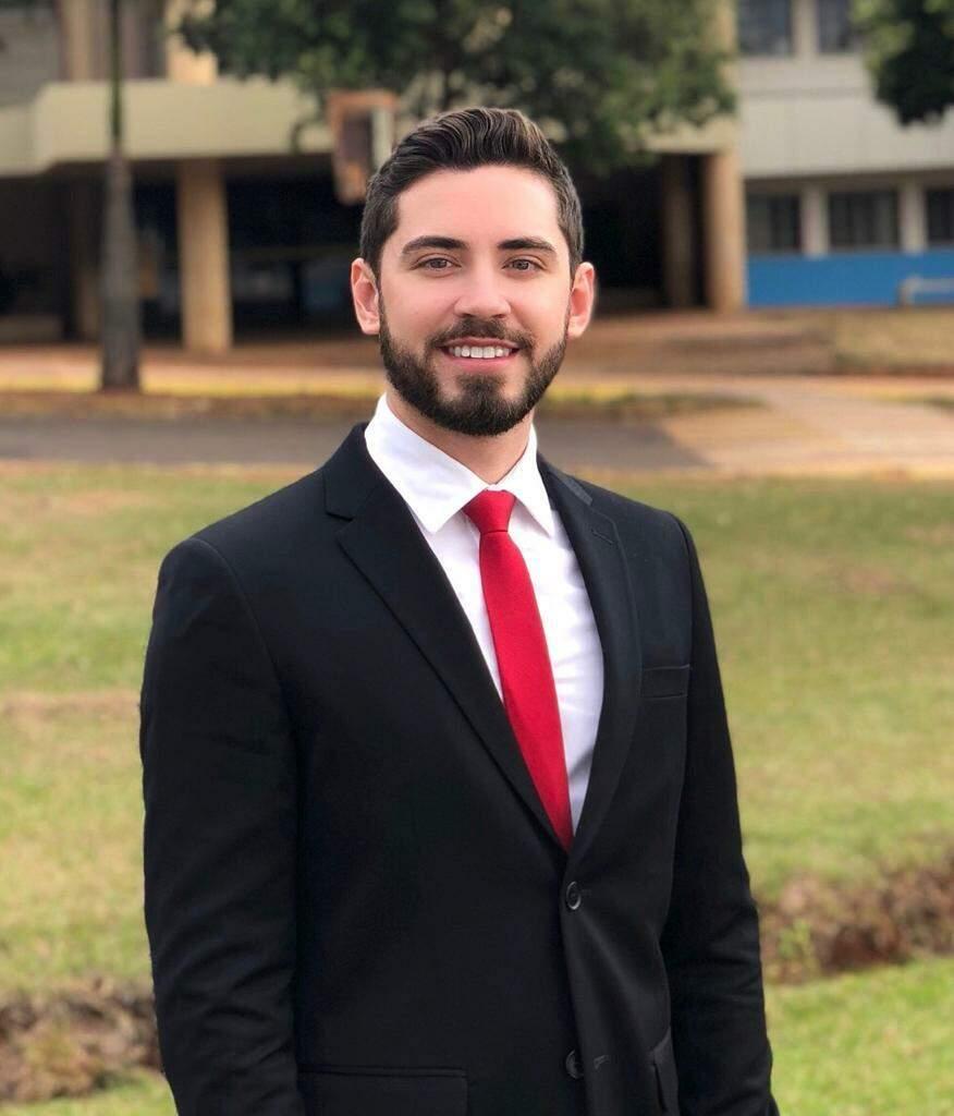 Dr Ari Rogério Ferra Júnior - Advogado (Foto: Arquivo Pessoal)