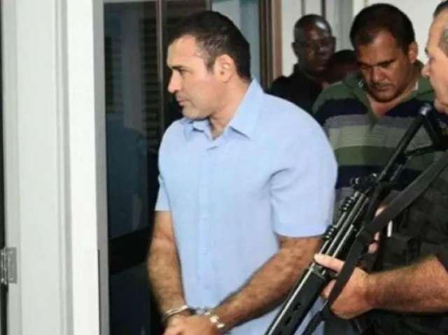 Pistoleiro morto deixou dívida de IPTU como herança