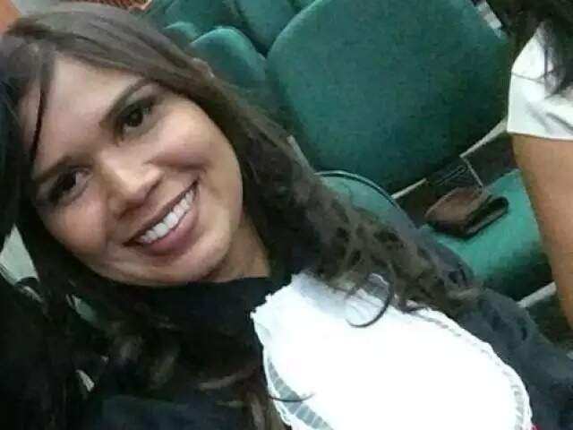 Maxelline da Silva dos Santos, foi morta aos 28 anos. (Foto: Reprodução/Facebook)