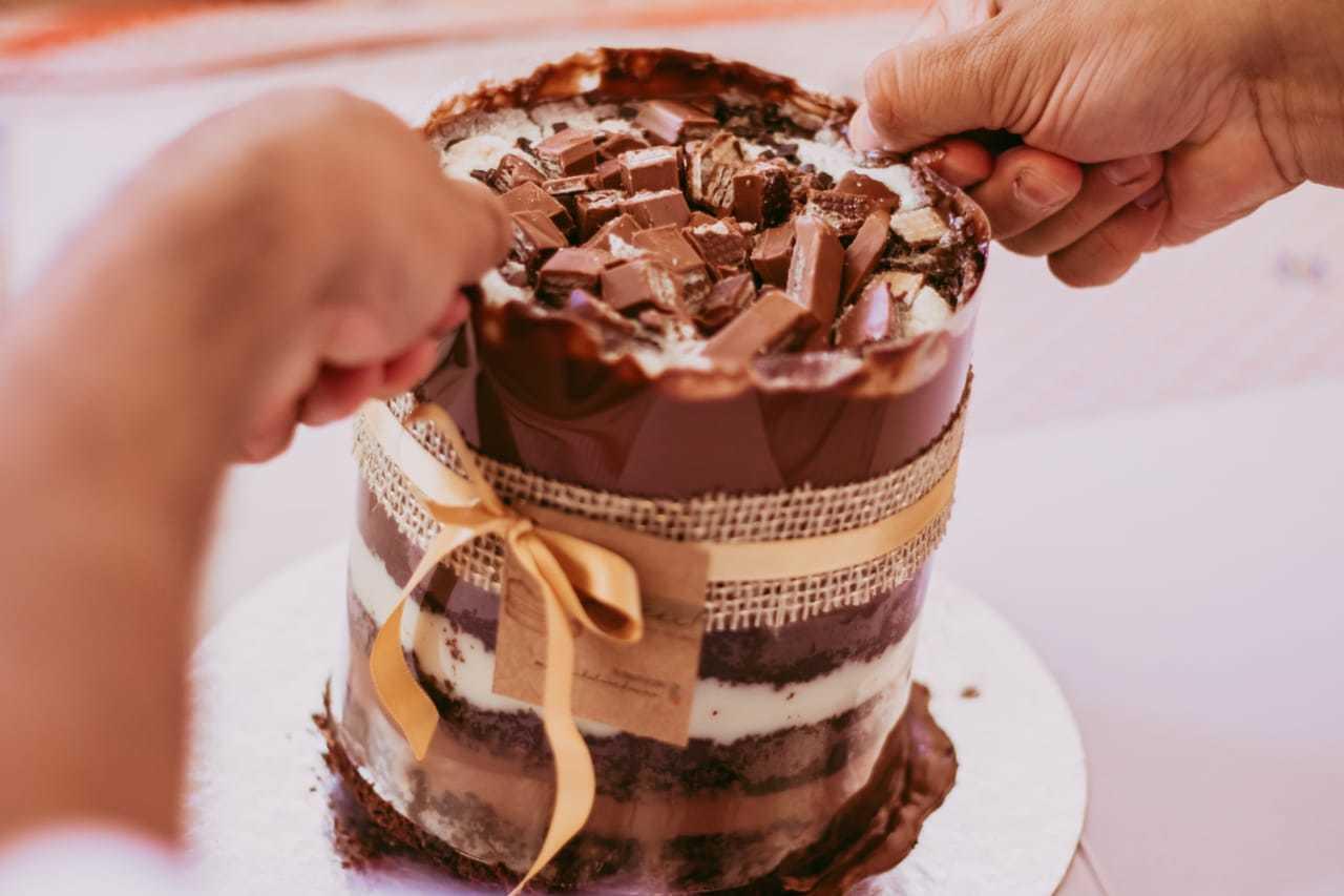 """Primas investiram no bolo da modinha: """"tsunami"""" (Foto: Arquivo Pessoal)"""