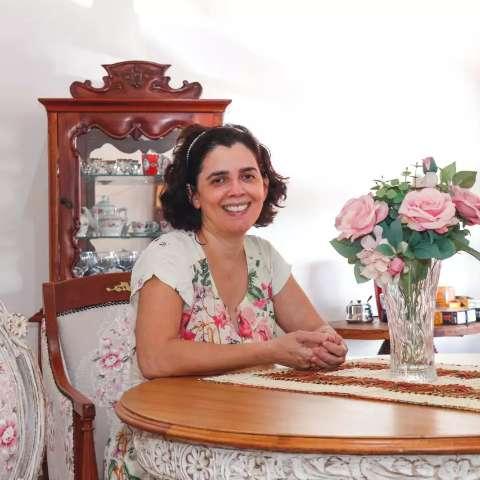 No Tijuca, cada móvel é uma viagem no tempo na casa estilo clássica