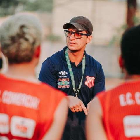 Comercial aposta em treinador da base para próxima edição do Estadual