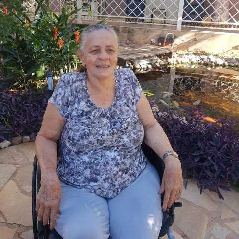 Alegria de Angelina é saber que ainda tem família após tragédia