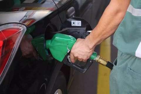 Preço da gasolina vai de R$ 4,57 a R$ 4,96 na Capital, veja mapa