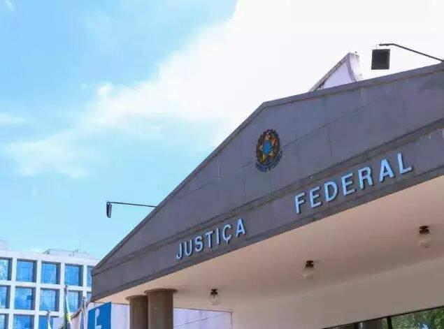 Fachada do prédio da Justiça Federal em Mato Grosso do Sul. (Foto: Henrique Kawaminami)