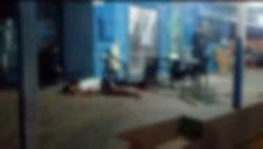 Homem que foi executado durante o atentado da noite desta sexta-feira (15). (Foto: Direto das Ruas)