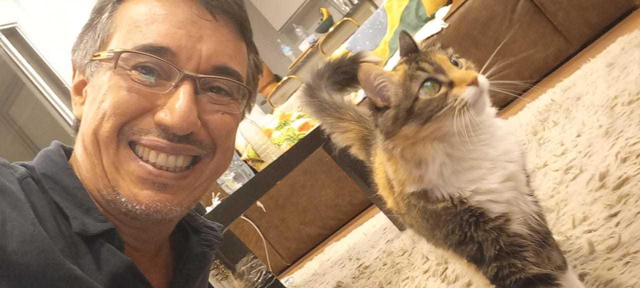"""Jorge ganhou a gatinha Shane da """"There"""" (Foto: Arquivo Pessoal)"""