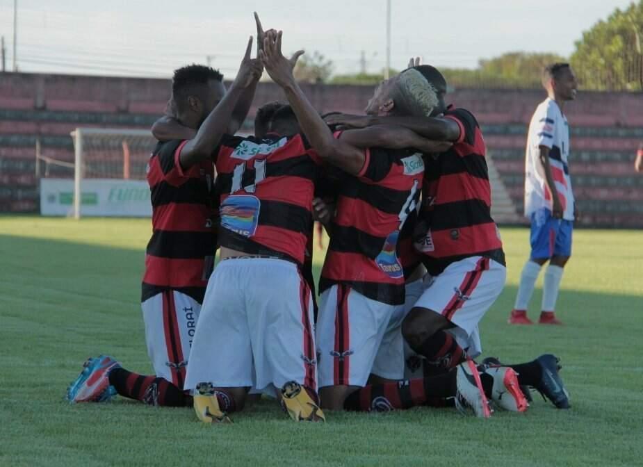 Jogadores do Águia Negra comemoram gol na Série D (Foto: Divulgação)