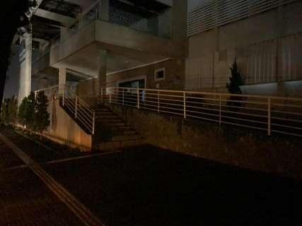 Hospital que é referência no tratamento da covid-19 fica às escuras em MS