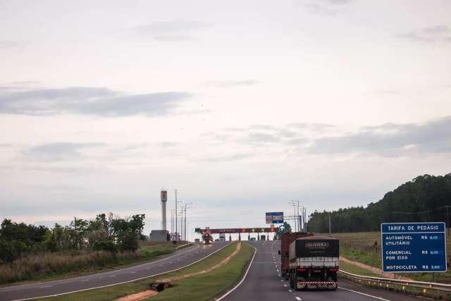 Trafégo de veículos comerciais puxa aumento de movimento na BR-163