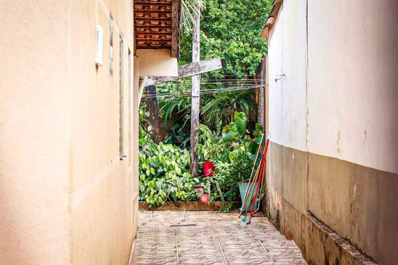 Casa da avó, onde adolescente foi encontrado morto dentro de freezer. (Foto: Henrique Kawaminami)