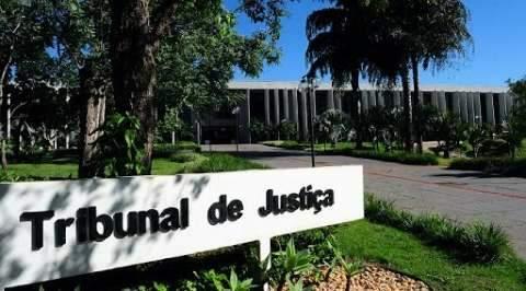 Mulher é presa pela Interpol 16 anos após dar golpe em prefeitura de MS