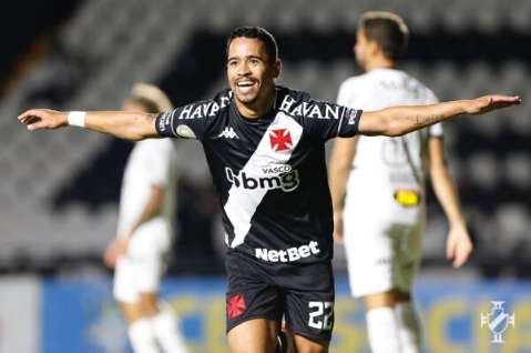 Vasco domina a partida e vence o Atlético-MG por 3 a 2